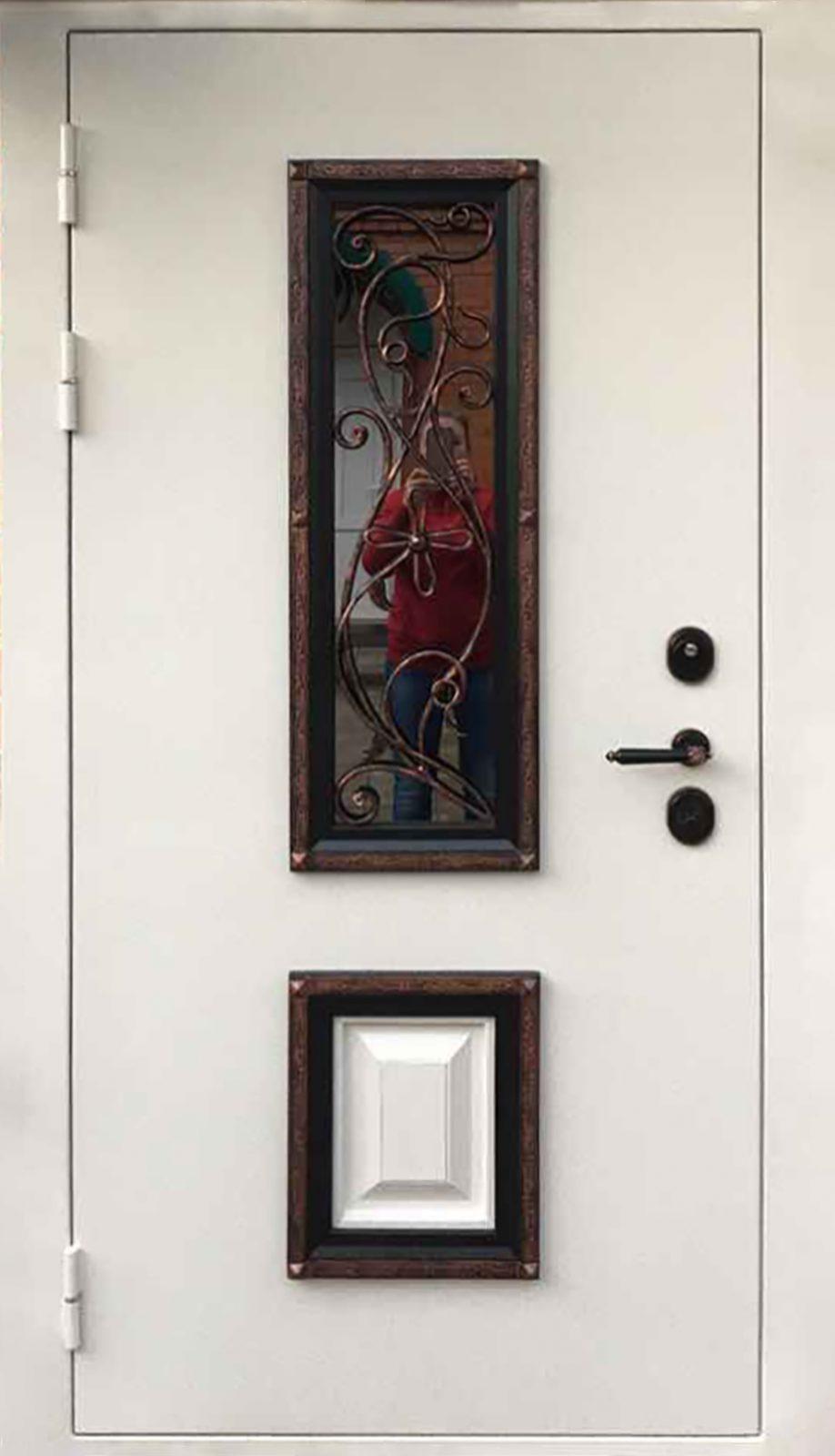 Металлическая дверь уличная со стеклопакетом и ковкой Э5П5